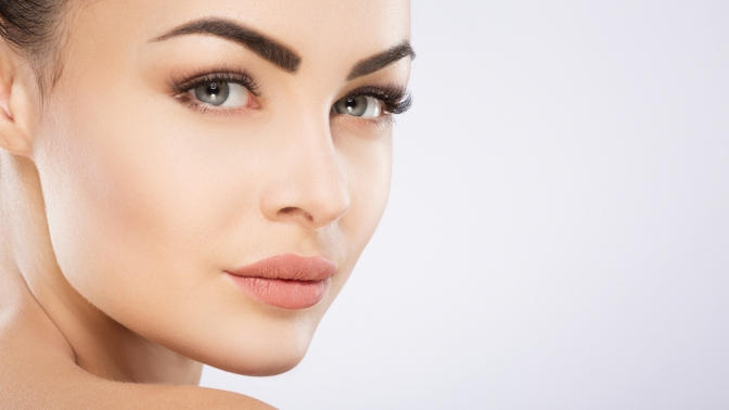 Ультразвуковая, механическая или комбинированная чистка, энзимный, фруктовый либо карбоновый пилинг, алмазная микродермабразия, безынъекционная карбокситерапия лица всалоне красоты Grazia Beauty Bar