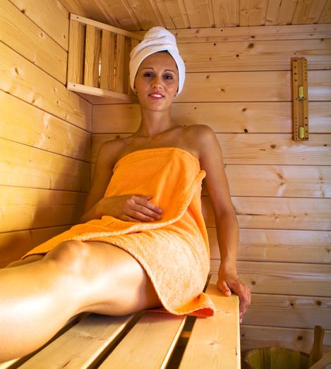 Зрелые блондинки домашнее полные в сауне русское можно
